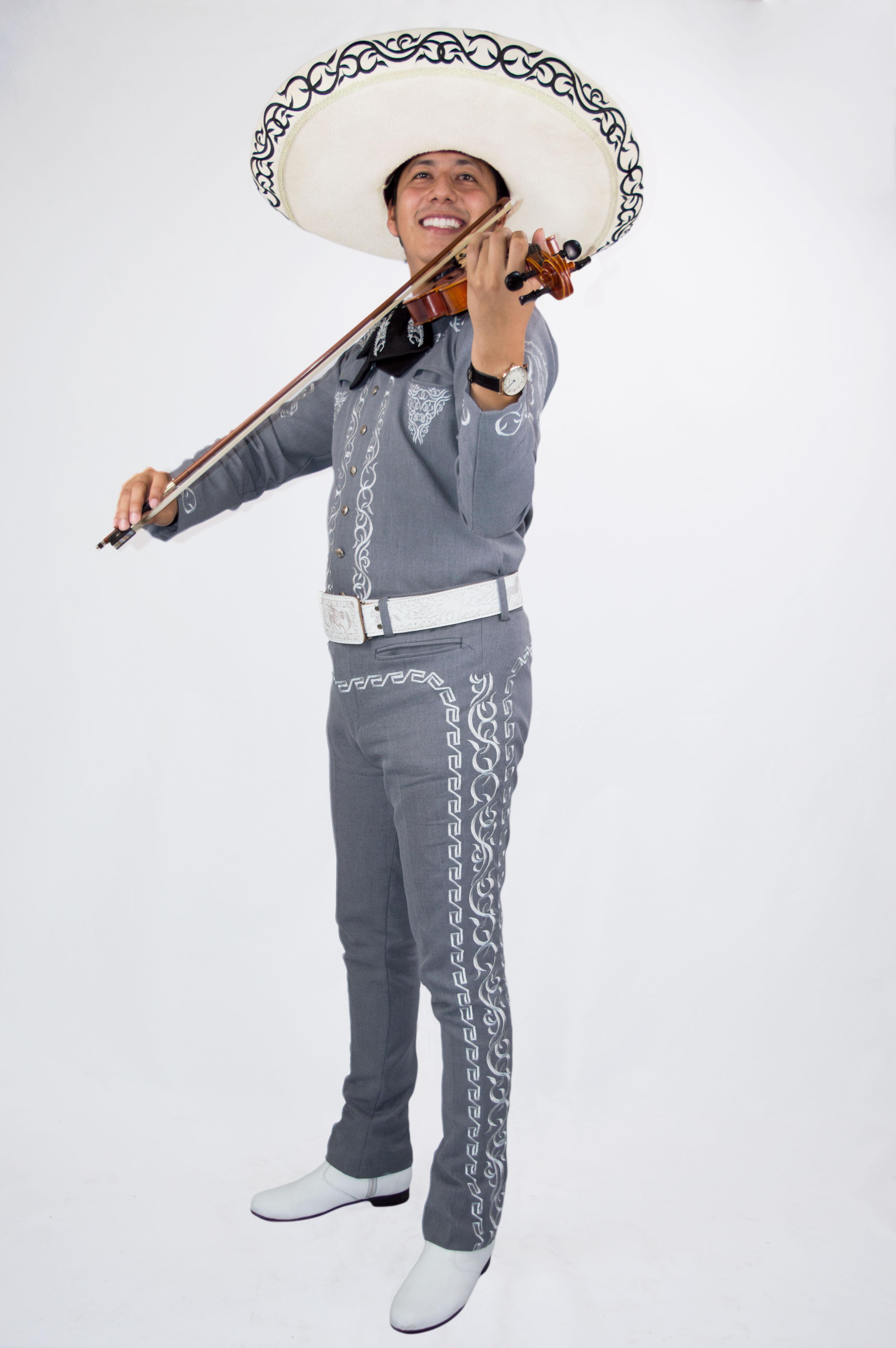 Mariachi violines de jalisco guayaquil Marcando Diferencia